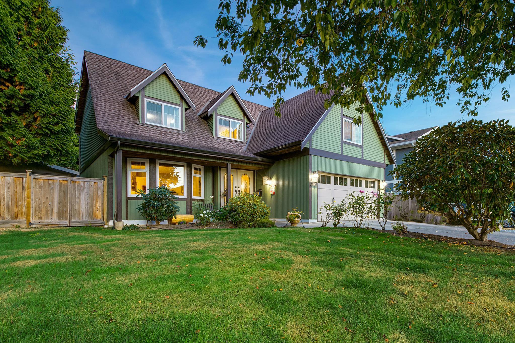 1902 144 STREET - Sunnyside Park Surrey House/Single Family for sale, 3 Bedrooms (R2618938) - #1