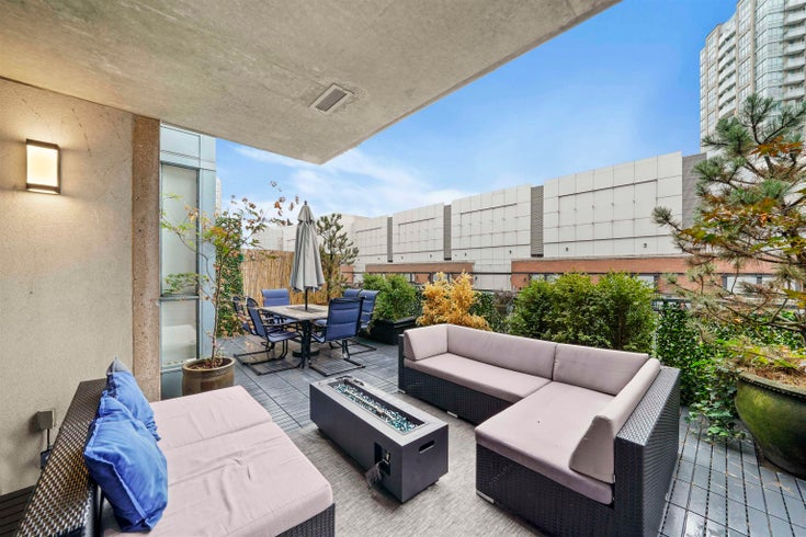 309 555 ABBOTT STREET - Downtown VW Apartment/Condo for sale, 2 Bedrooms (R2619272)