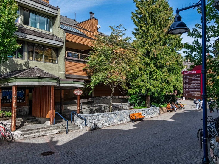 21 4211 VILLAGE SQUARE - Whistler Village Apartment/Condo for sale, 2 Bedrooms (R2619274)