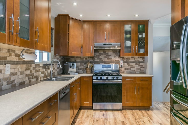21001 WICKLUND AVE. AVENUE - Northwest Maple Ridge House/Single Family for sale, 4 Bedrooms (R2619332)