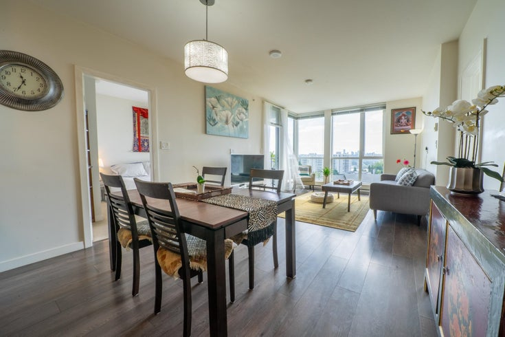 303 271 FRANCIS WAY - Fraserview NW Apartment/Condo for sale, 2 Bedrooms (R2619377)