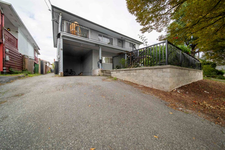 4855 CHATHAM STREET - Collingwood VE House/Single Family for sale, 7 Bedrooms (R2619475)