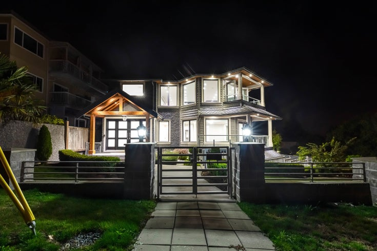 15765 PACIFIC AVENUE - White Rock House/Single Family for sale, 8 Bedrooms (R2619478)