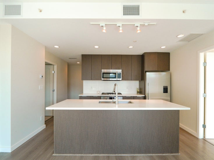 801 3333 SEXSMITH ROAD - West Cambie Apartment/Condo for sale, 2 Bedrooms (R2619517)