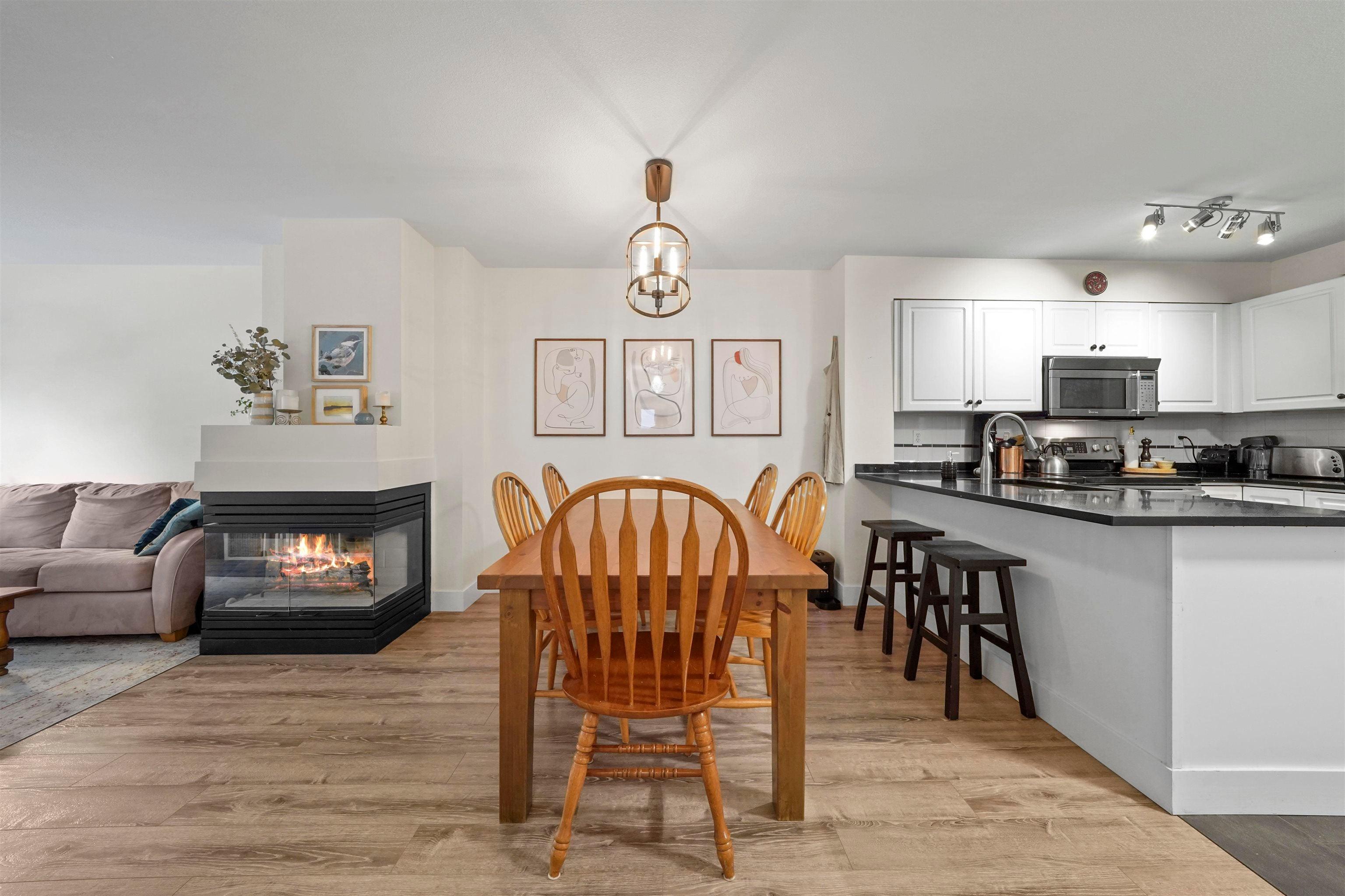 202 2815 YEW STREET - Kitsilano Apartment/Condo for sale, 2 Bedrooms (R2619527)