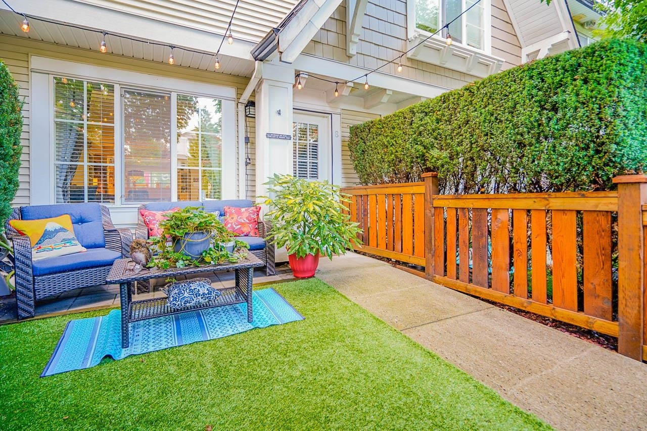 8 20540 66 AVENUE - Willoughby Heights Townhouse for sale, 2 Bedrooms (R2619542) - #1