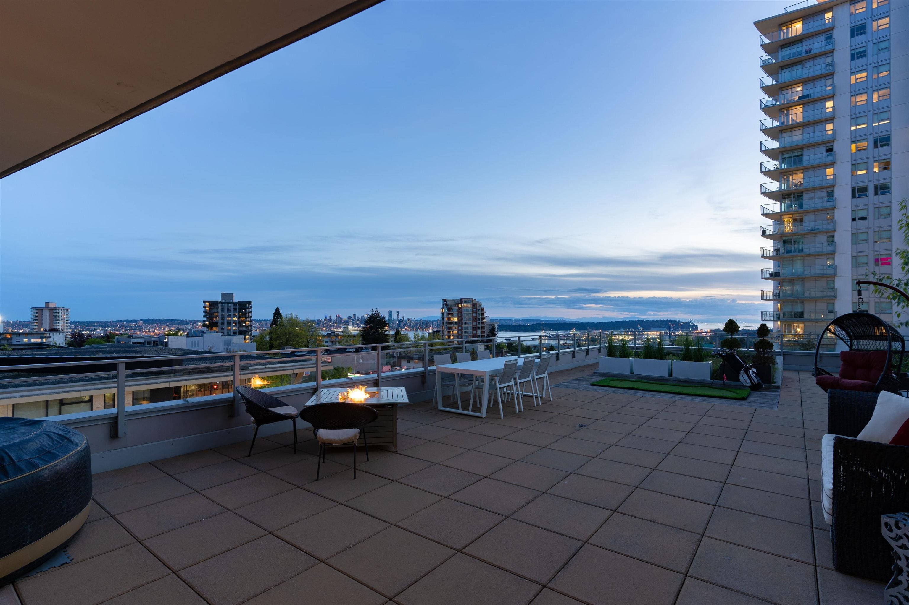 306 112 E 13TH STREET - Central Lonsdale Apartment/Condo for sale, 2 Bedrooms (R2619655) - #23
