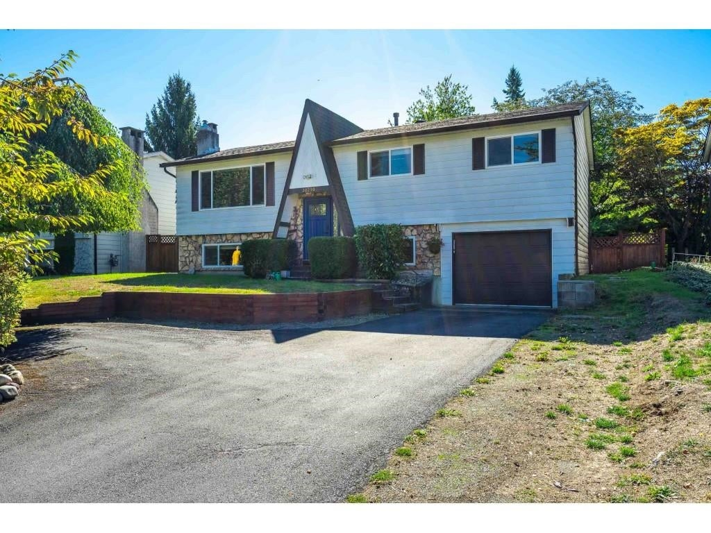 20210 48 AVENUE - Langley City House/Single Family for sale, 4 Bedrooms (R2619782) - #1