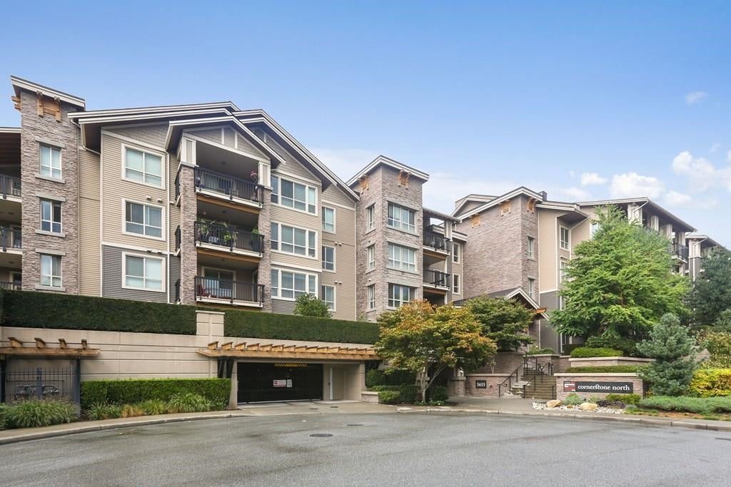 222 5655 210A STREET - Salmon River Apartment/Condo for sale, 2 Bedrooms (R2619862) - #1