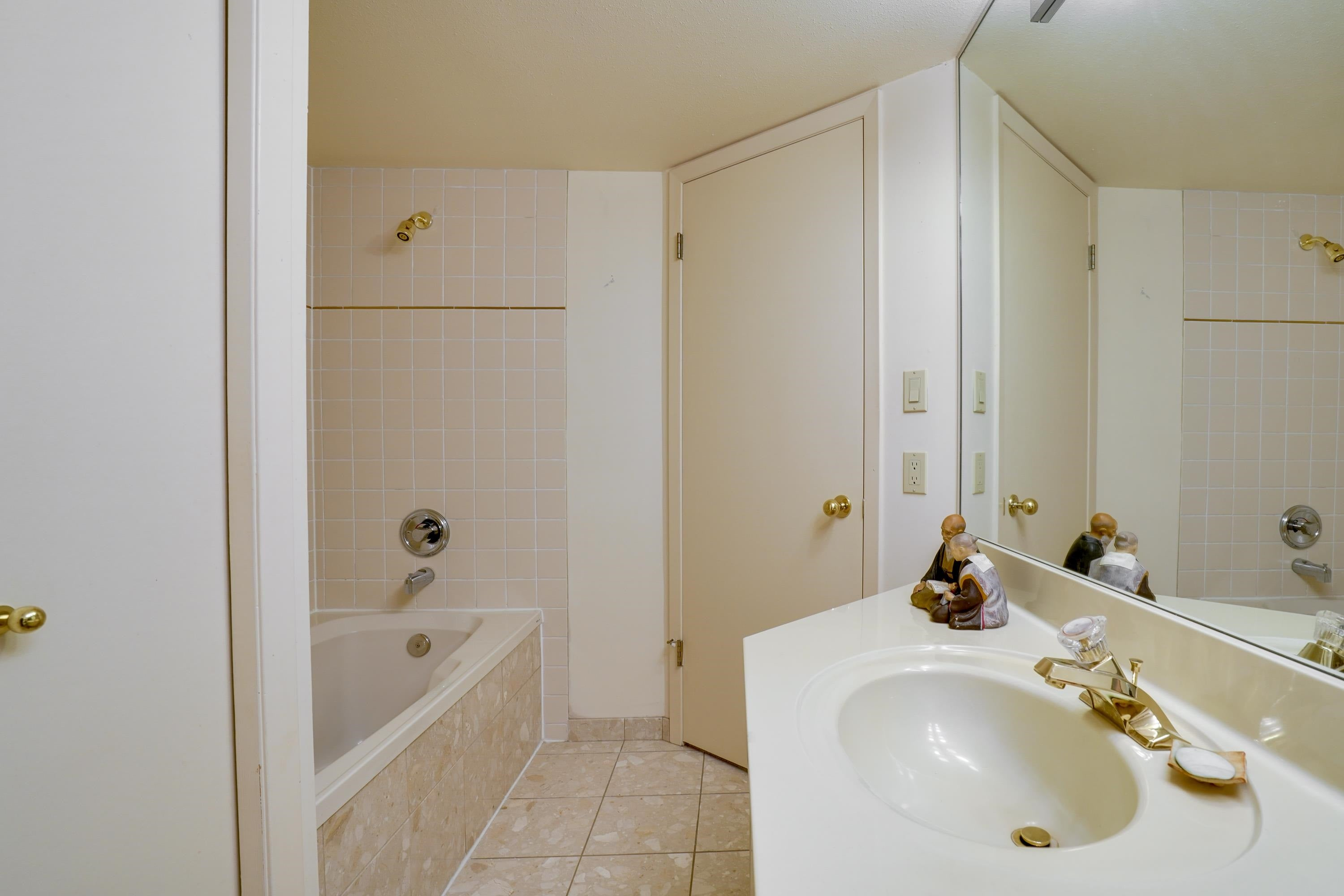 405 168 CHADWICK COURT - Lower Lonsdale Apartment/Condo for sale, 3 Bedrooms (R2619951) - #12