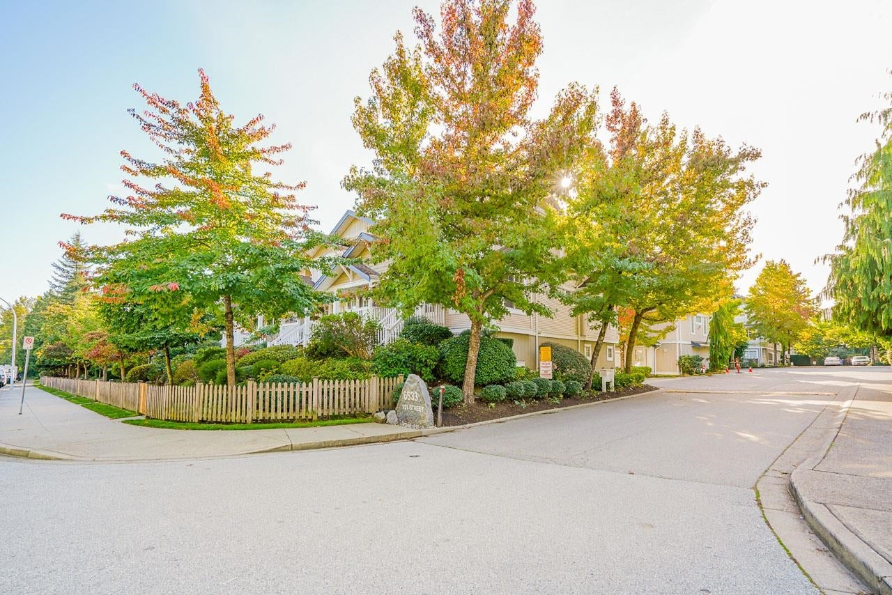 41 6533 121 STREET - West Newton Townhouse for sale, 3 Bedrooms (R2619998)