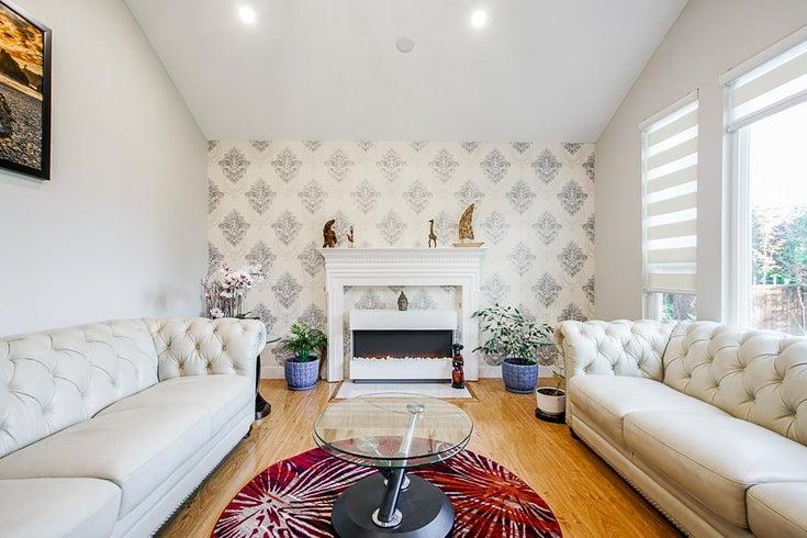 14119 BLACKBURN AVENUE - White Rock House/Single Family for sale, 6 Bedrooms (R2620038)