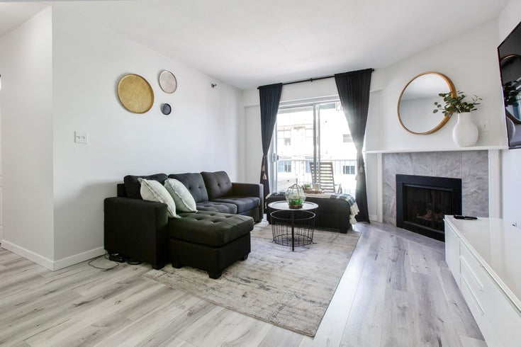 440 22661 LOUGHEED HIGHWAY - East Central Apartment/Condo for sale, 2 Bedrooms (R2620068)