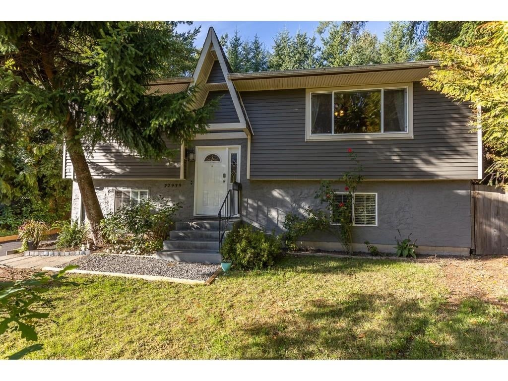 22939 FULLER AVENUE - East Central House/Single Family for sale, 4 Bedrooms (R2620143)