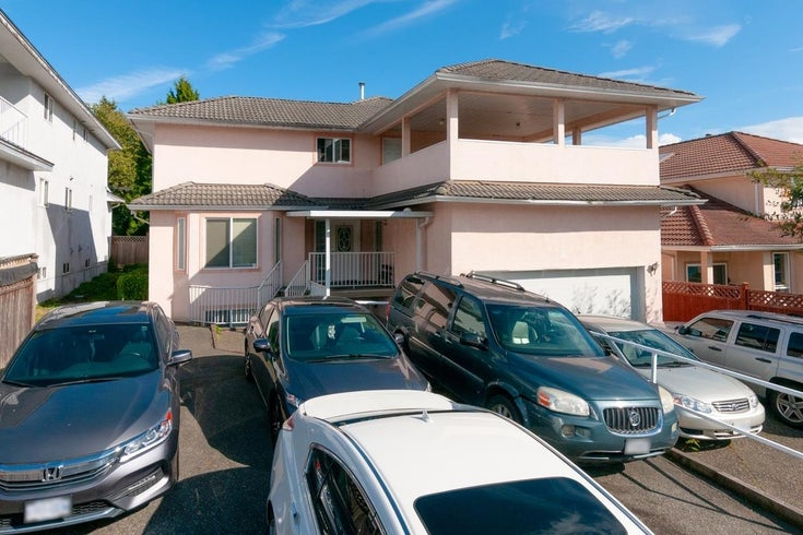 8213 152 STREET - Fleetwood Tynehead House/Single Family for sale, 12 Bedrooms (R2620325)