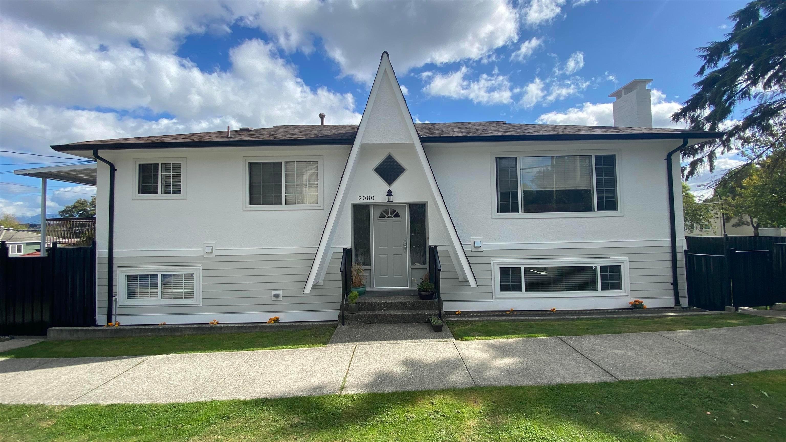 2080 CASSIAR STREET - Renfrew VE House/Single Family for sale, 4 Bedrooms (R2620405) - #1