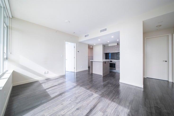 704 6383 MCKAY AVENUE - Metrotown Apartment/Condo for sale, 3 Bedrooms (R2620438)