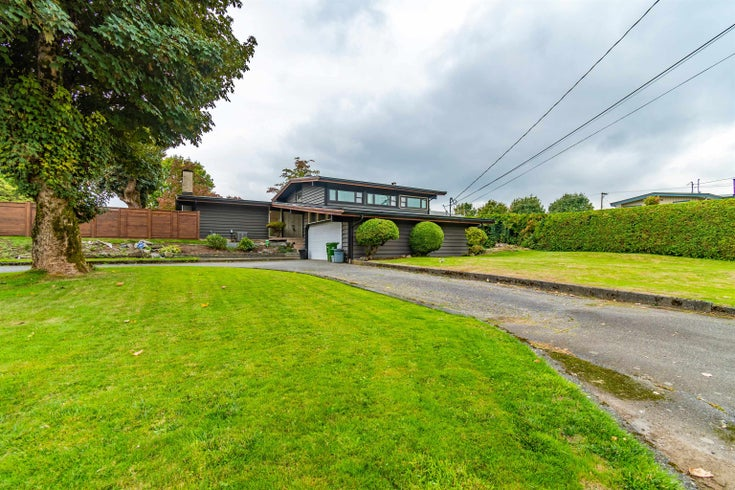 8765 ELM DRIVE - Chilliwack E Young-Yale House/Single Family for sale, 5 Bedrooms (R2620521)