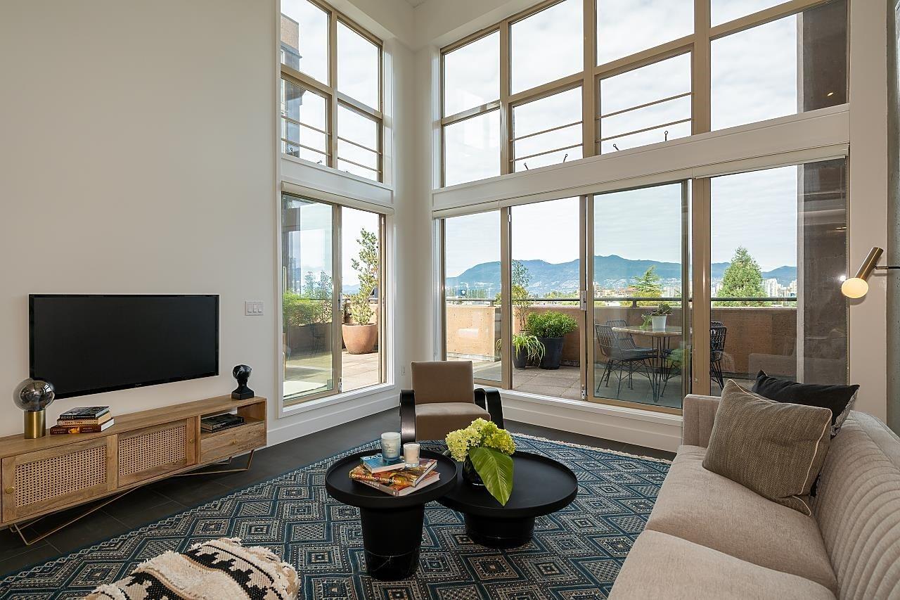 403 1529 W 6TH AVENUE - False Creek Apartment/Condo for sale, 1 Bedroom (R2620601) - #1