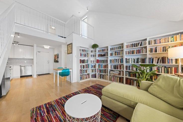 203 3465 GLEN DRIVE - Fraser VE Apartment/Condo for sale, 2 Bedrooms (R2620606)