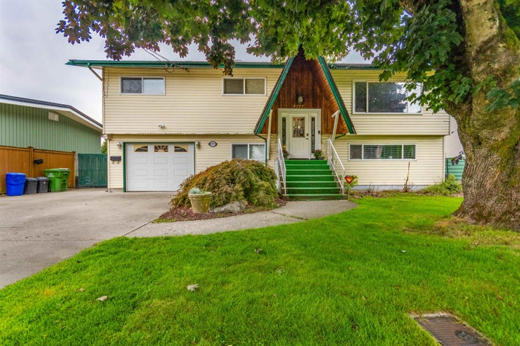 9777 MCNAUGHT ROAD - Chilliwack E Young-Yale House/Single Family for sale, 5 Bedrooms (R2620742)