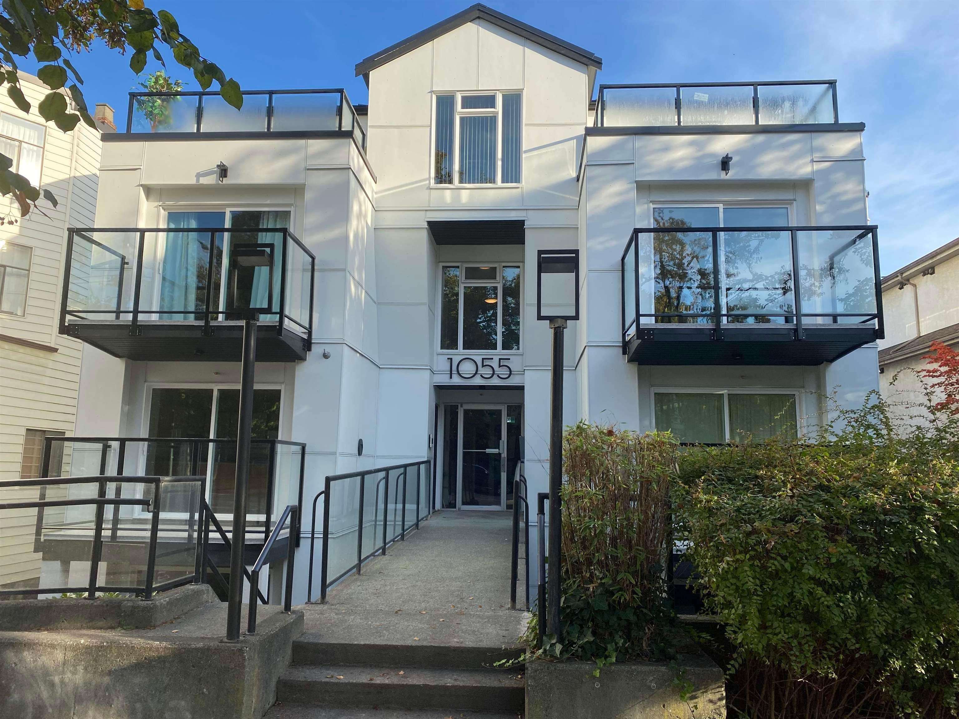 203 1055 E BROADWAY - Mount Pleasant VE Apartment/Condo for sale, 1 Bedroom (R2620878) - #1
