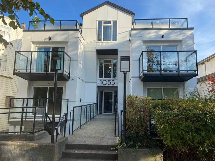 203 1055 E BROADWAY - Mount Pleasant VE Apartment/Condo for sale, 1 Bedroom (R2620878)