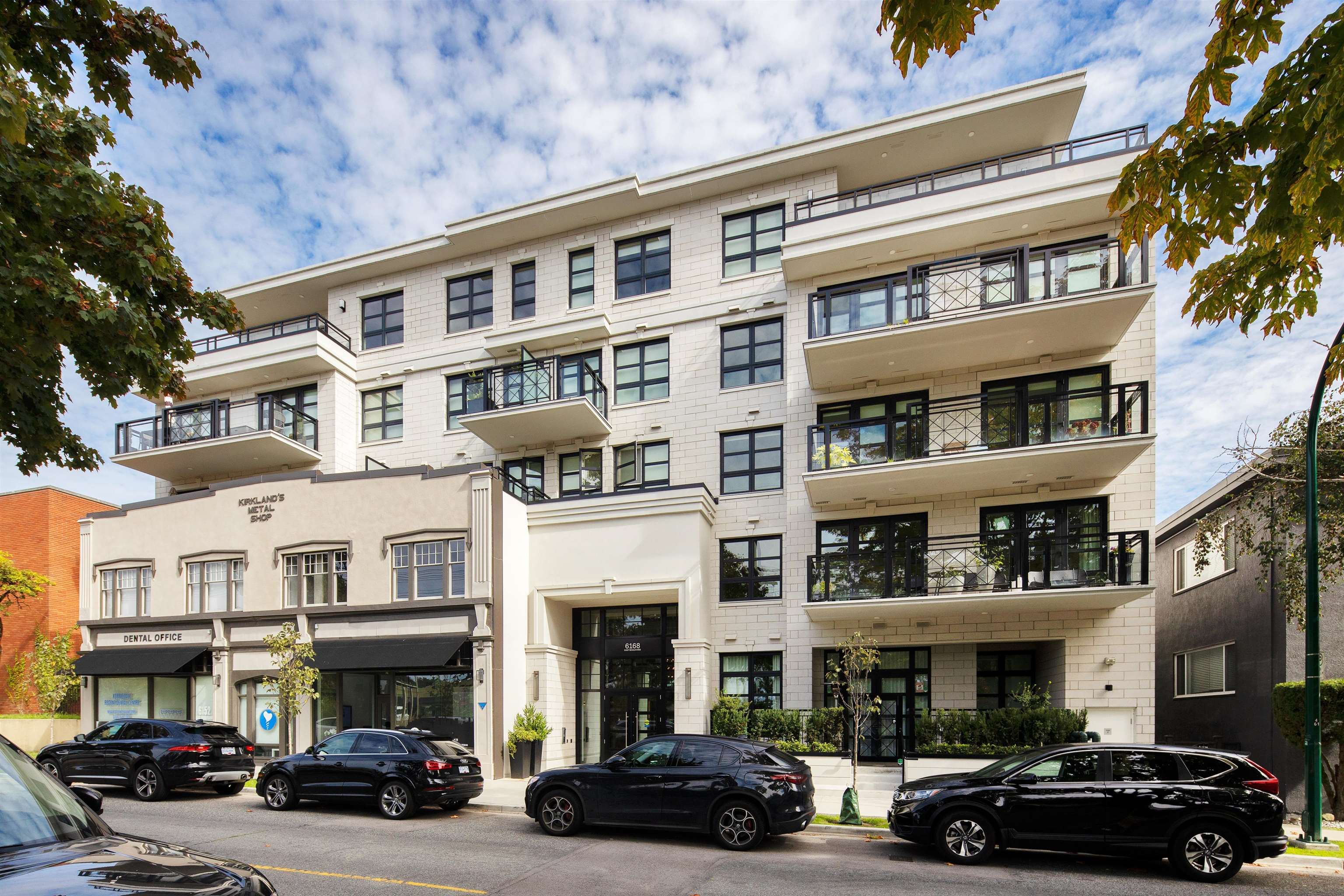 202 6168 EAST BOULEVARD - Kerrisdale Apartment/Condo for sale, 2 Bedrooms (R2621058)