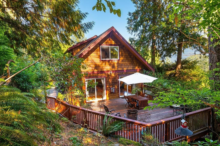 955 HARBOUR VIEW PLACE - Bowen Island House with Acreage for sale, 3 Bedrooms (R2621214)