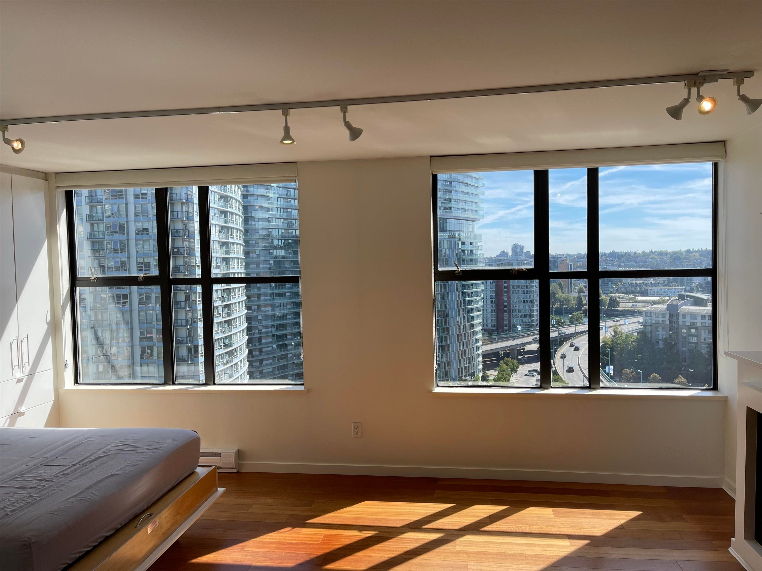 1704 989 BEATTY STREET - Yaletown Apartment/Condo for sale(R2621467) - #1