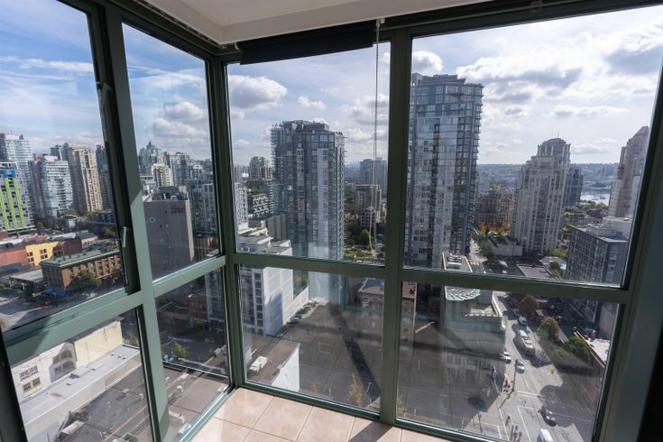 2106 1188 HOWE STREET - Downtown VW Apartment/Condo for sale, 1 Bedroom (R2621603)