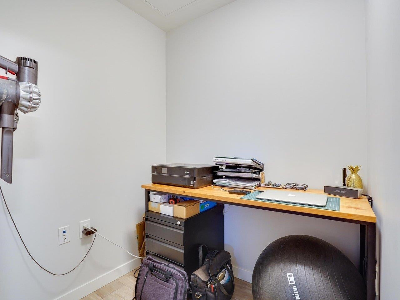 409 615 E 3RD STREET - Lower Lonsdale Apartment/Condo for sale, 2 Bedrooms (R2621616) - #19