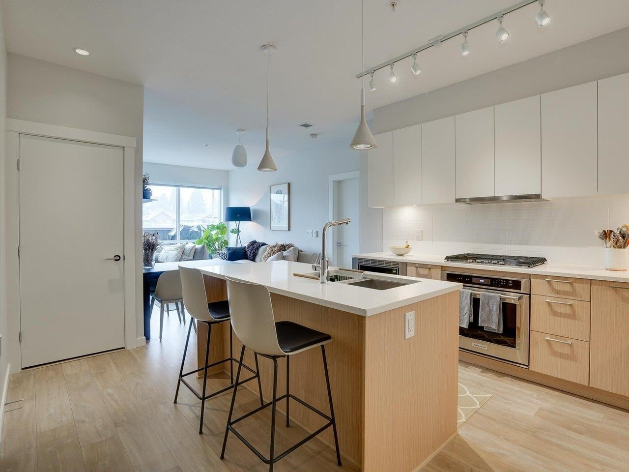409 615 E 3RD STREET - Lower Lonsdale Apartment/Condo for sale, 2 Bedrooms (R2621616) - #2