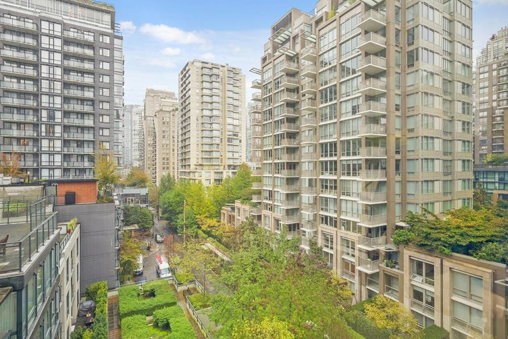 806 1082 SEYMOUR STREET - Downtown VW Apartment/Condo for sale, 1 Bedroom (R2621696)
