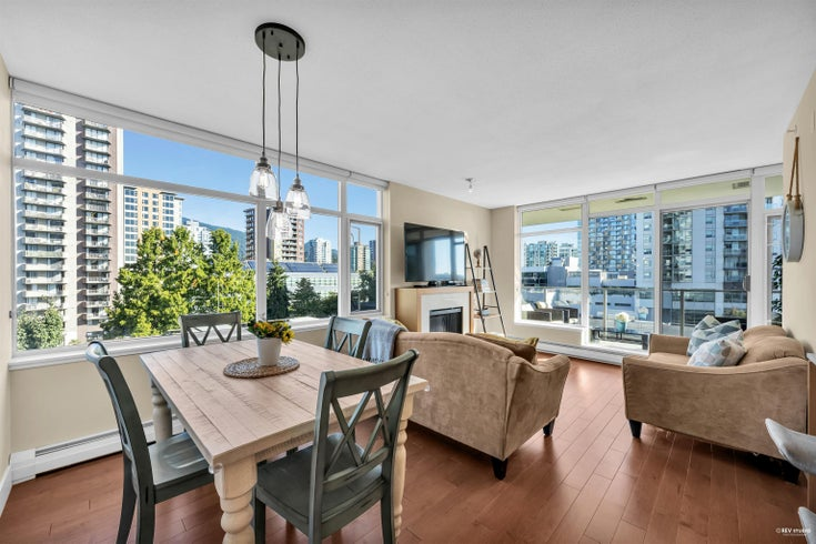 702 158 W 13TH STREET - Central Lonsdale Apartment/Condo for sale, 2 Bedrooms (R2621703)