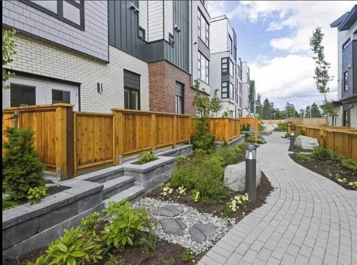 126 525 E 2ND STREET - Lower Lonsdale Townhouse for sale, 3 Bedrooms (R2621842)