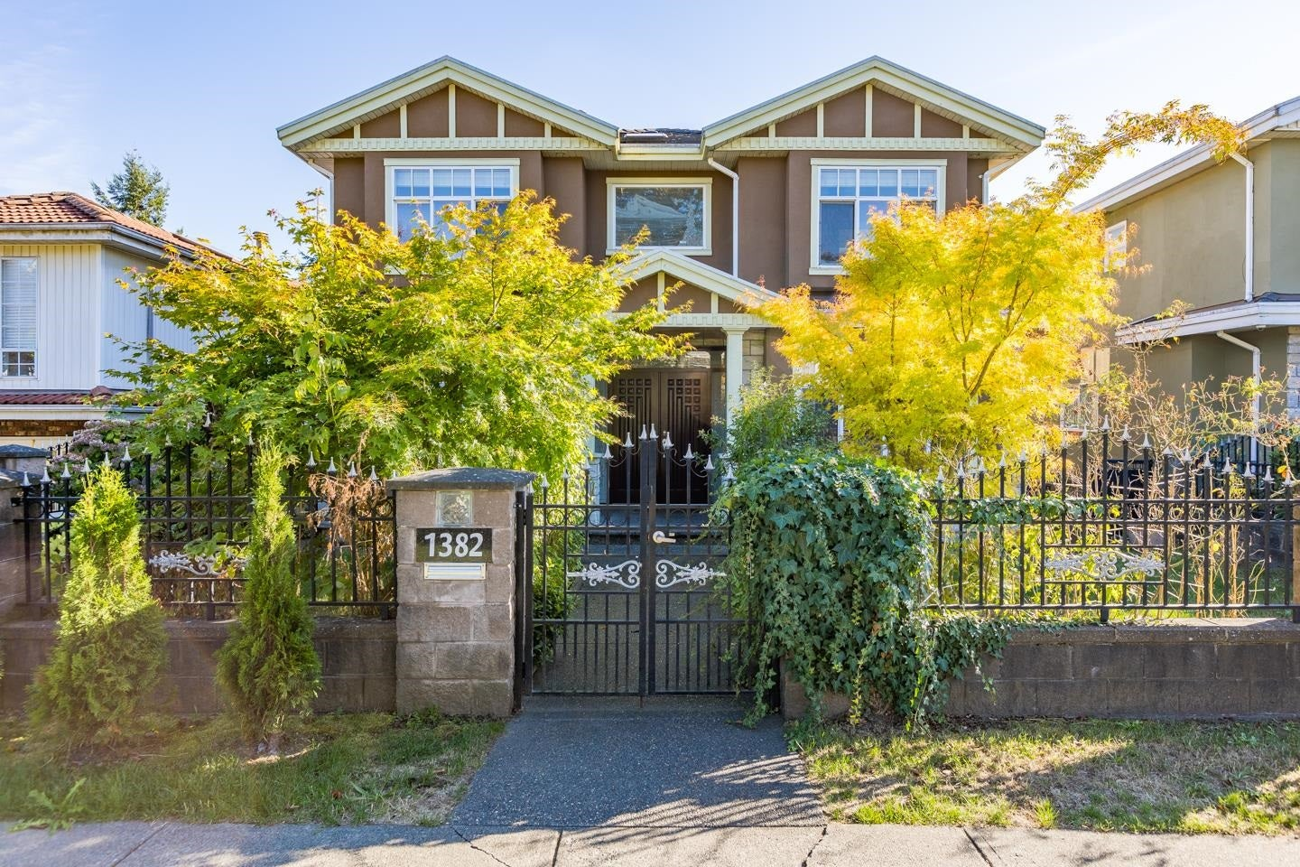 1382 E 61ST AVENUE - South Vancouver House/Single Family for sale, 7 Bedrooms (R2621968) - #1