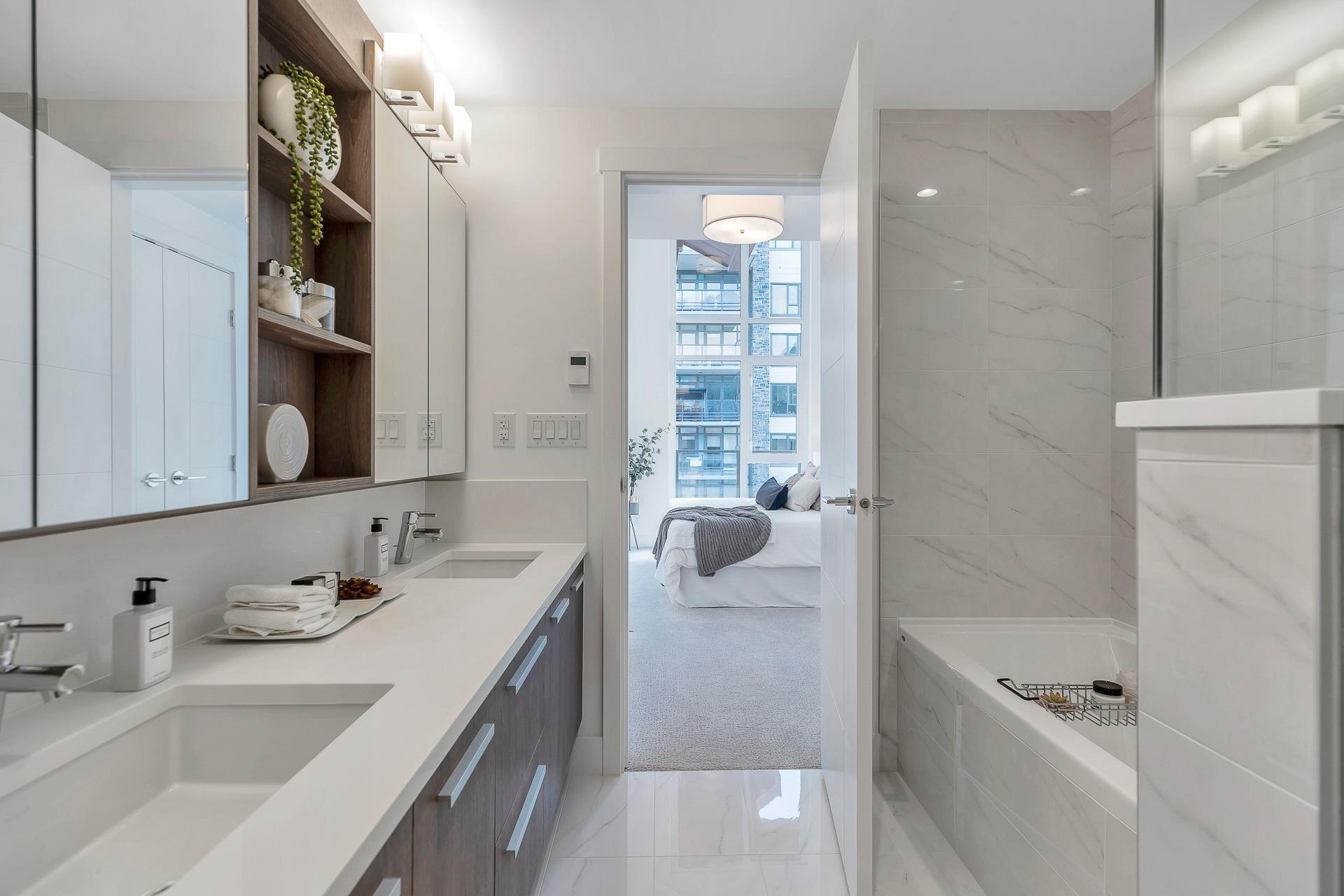 702 2780 VALLEY CENTRE AVENUE - Lynn Valley Apartment/Condo for sale, 3 Bedrooms (R2622279) - #14