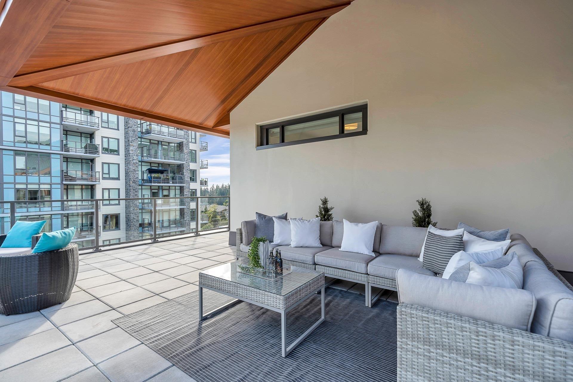 702 2780 VALLEY CENTRE AVENUE - Lynn Valley Apartment/Condo for sale, 3 Bedrooms (R2622279) - #22