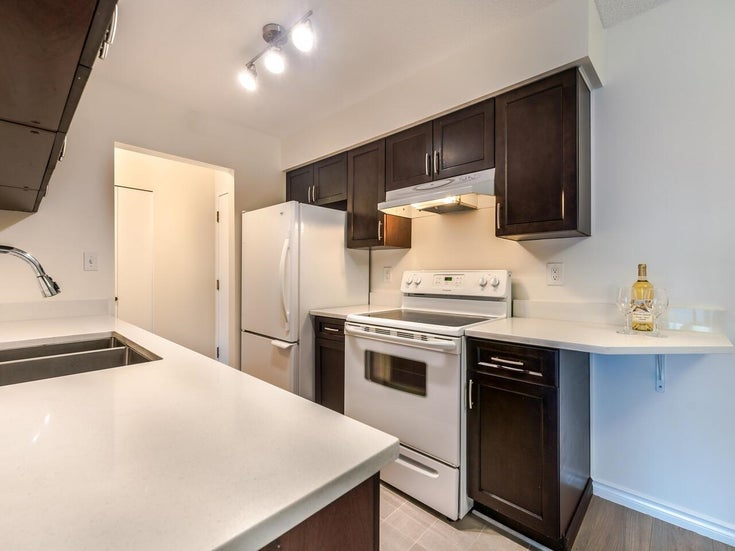 206 4373 HALIFAX STREET - Brentwood Park Apartment/Condo for sale, 2 Bedrooms (R2622394)