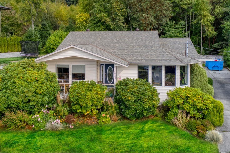 4960 ARBUTUS ROAD - Sechelt District House/Single Family for sale, 3 Bedrooms (R2622482)