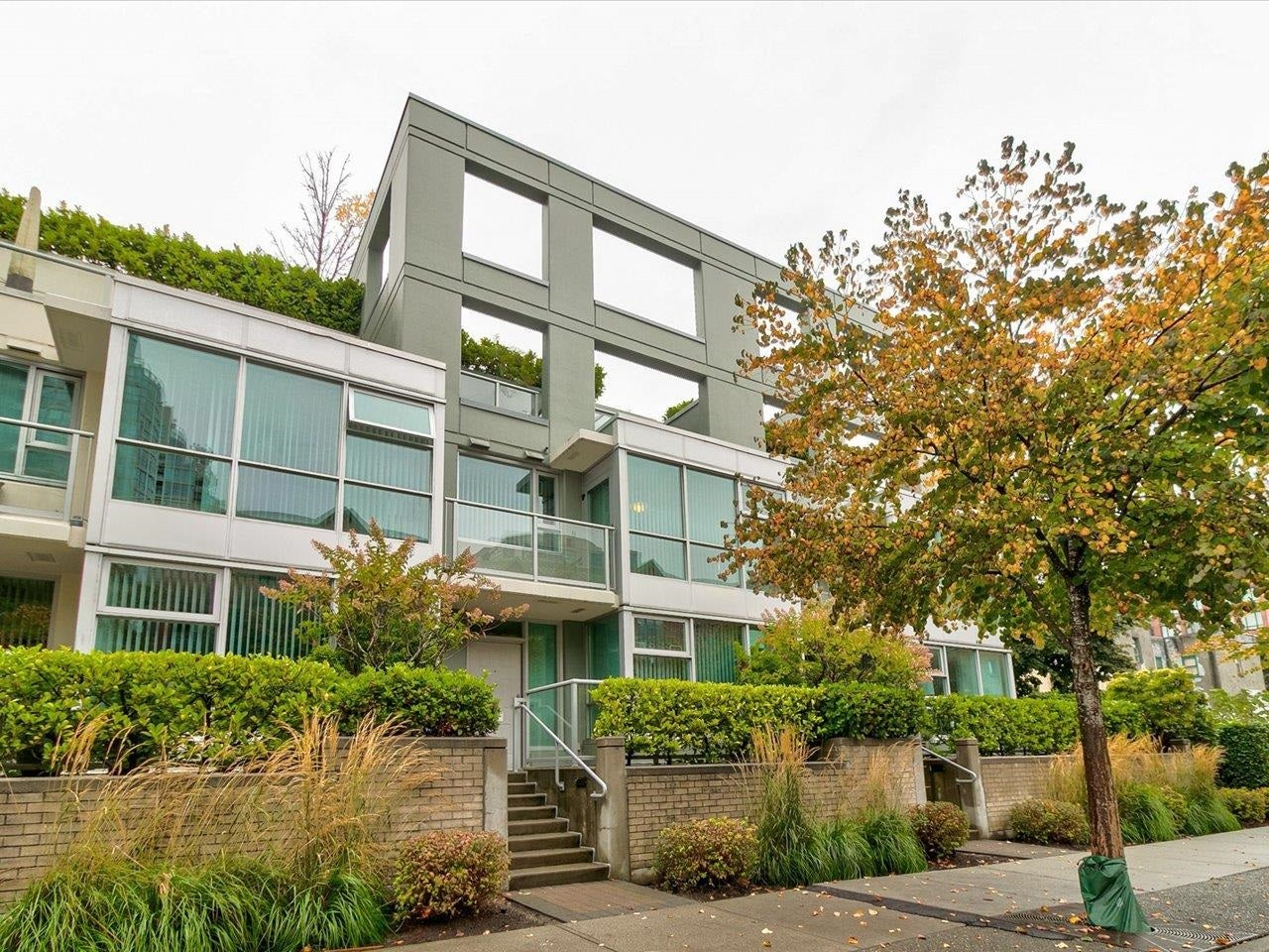 169 MILROSS AVENUE - Downtown VE Townhouse for sale, 2 Bedrooms (R2622901) - #1