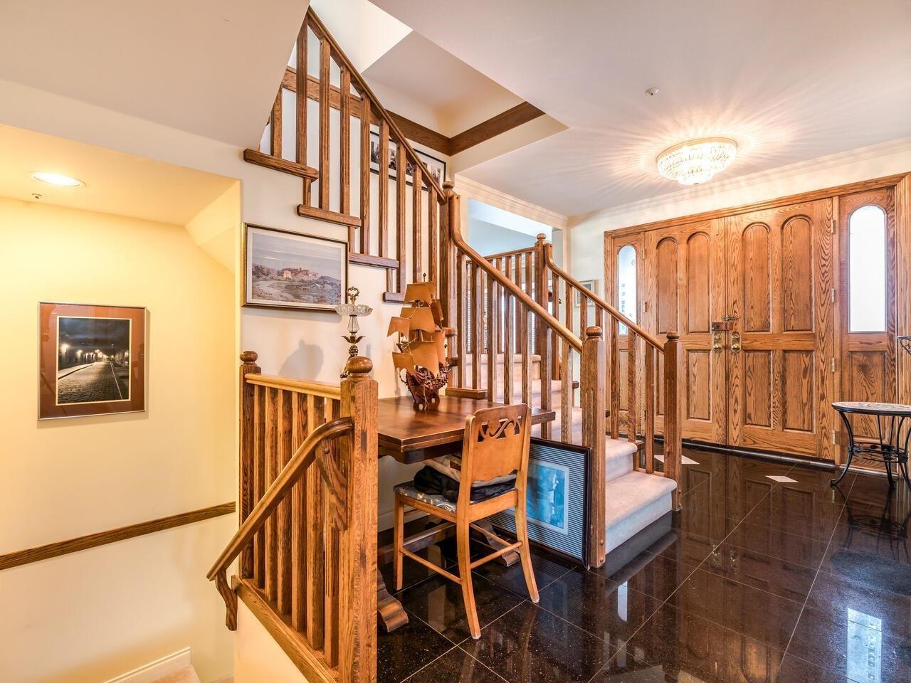 7888 JASPER CRESCENT - Fraserview VE House/Single Family for sale, 7 Bedrooms (R2622945) - #2