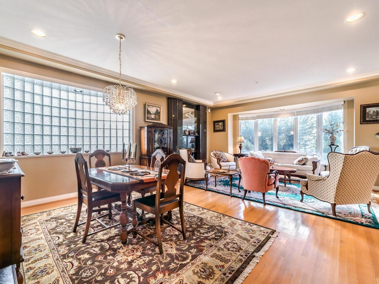 7888 JASPER CRESCENT - Fraserview VE House/Single Family for sale, 7 Bedrooms (R2622945) - #7