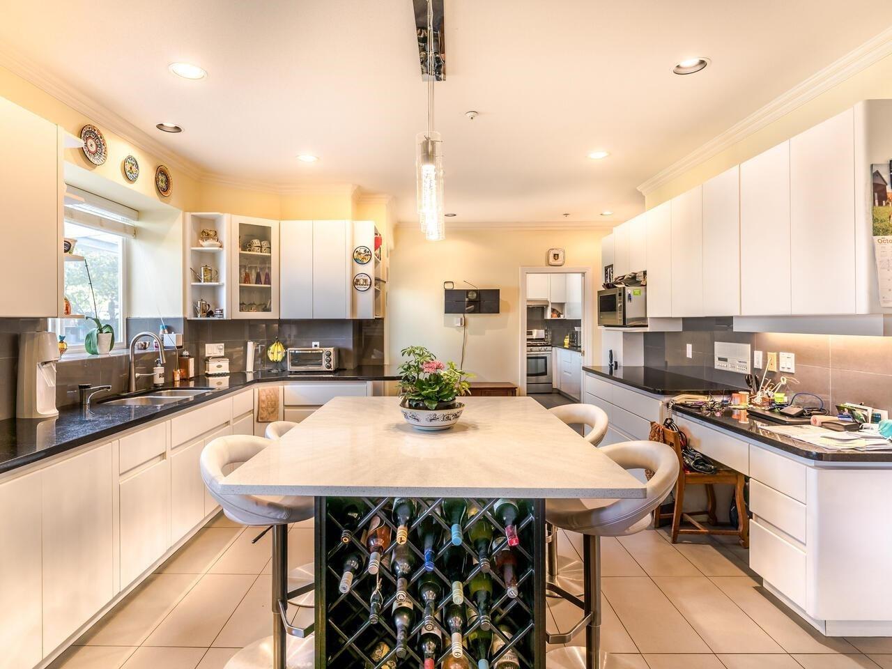 7888 JASPER CRESCENT - Fraserview VE House/Single Family for sale, 7 Bedrooms (R2622945) - #8