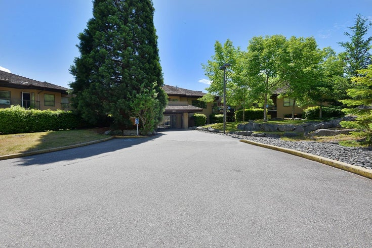 104 5855 COWRIE STREET - Sechelt District Apartment/Condo for sale, 2 Bedrooms (R2622971)