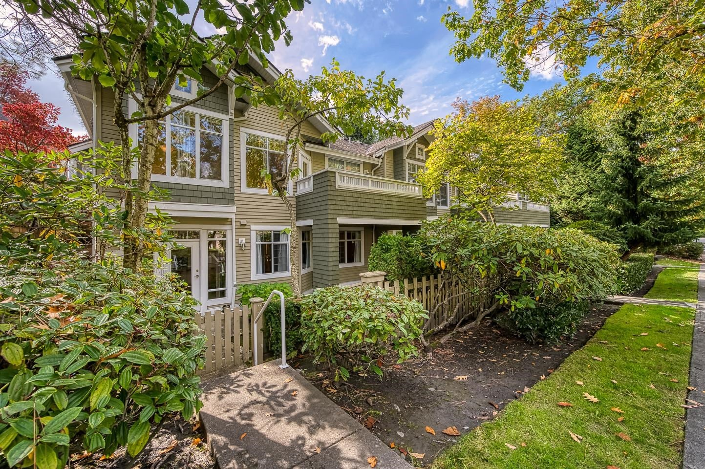 10 5240 OAKMOUNT CRESCENT - Oaklands Townhouse for sale, 3 Bedrooms (R2622975)