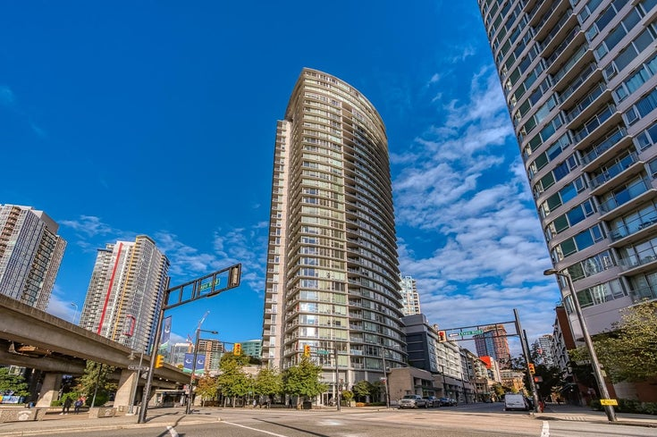 1105 689 ABBOTT STREET - Downtown VW Apartment/Condo for sale, 2 Bedrooms (R2623061)