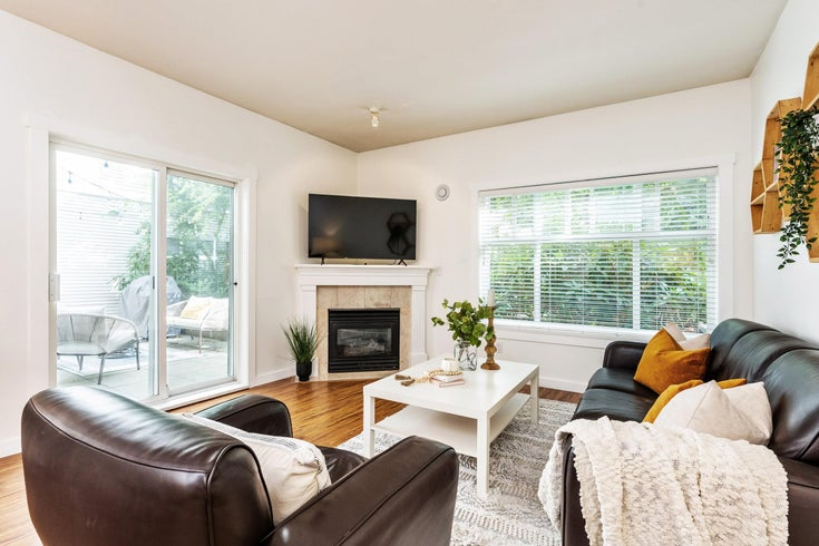111 8976 208 STREET - Walnut Grove Apartment/Condo for sale, 2 Bedrooms (R2623087)