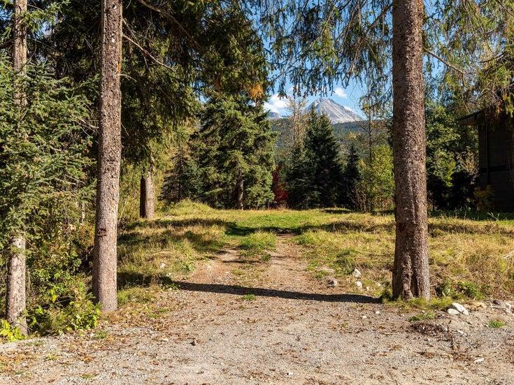 8031 CYPRESS PLACE - Green Lake Estates for sale(R2623257)